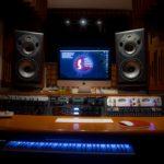 Foto-Equipo-Aula-Sonido-master-Mezcla-Mastering